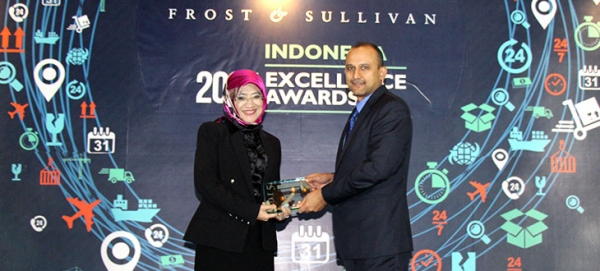 AdMedika meraih penghargaan Healthcare IT Company of the Year 2015